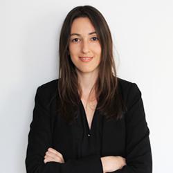 Dra. Cristiane Prado