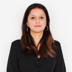 Dra. Vanessa Oliveira